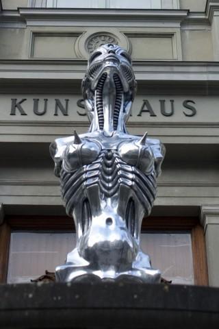 Statue von HR Giger in Chur (Foto: Andreas Donath/Golem.de)