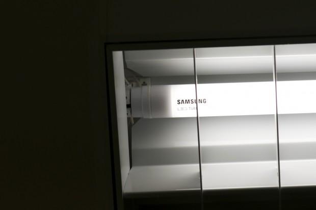 Samsungs LED-Röhren liegen dazwischen. (Foto: Andreas Sebayang/Golem.de)