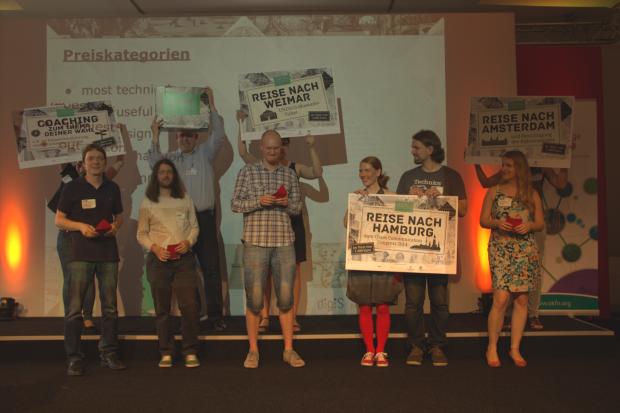 Die Gewinner des Coding-da-Vinci-Wettbewerbs: v. l. Claus Höfele, Daniel Burckhardt, Thomas Fett, Kati und Tomi Hyyppä, Stepanie Weber
