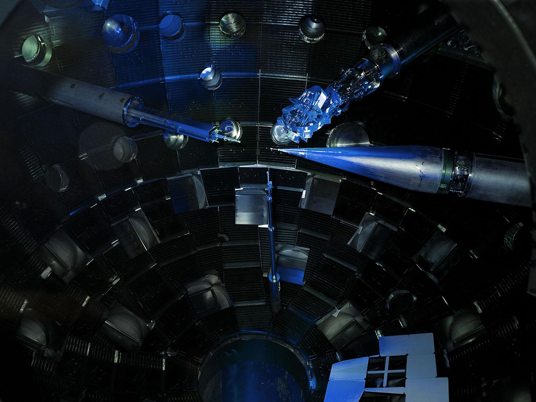 Saturn: Mit dem Enterprise-Warpcore Planeten erforschen