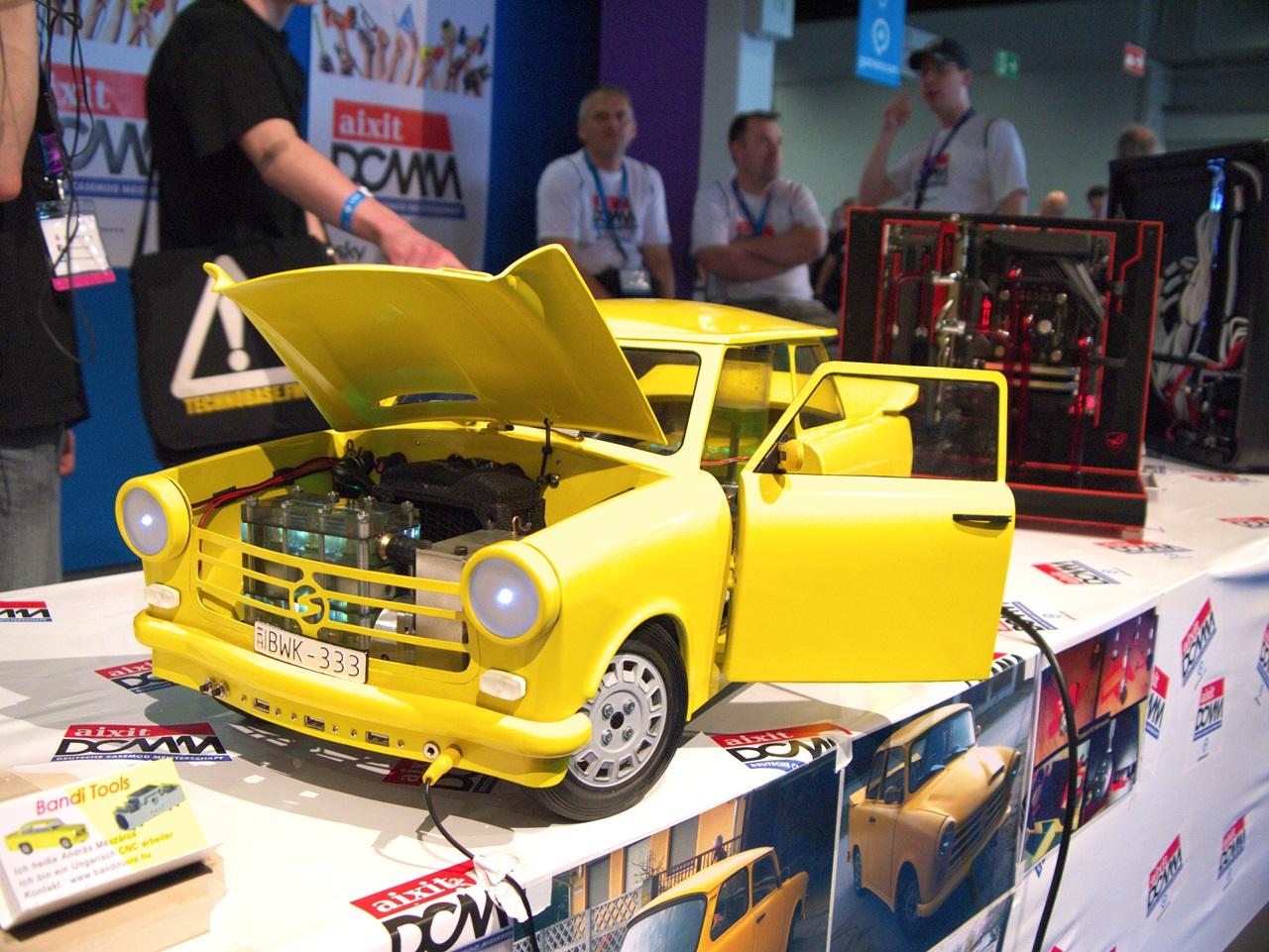 """DCMM 2014: Wenn PC-Gehäuse zu Kunstwerken werden - """"Mein Auto"""" von Andras Meszaro (Bild: Sebastian Wochnik/Golem.de)"""