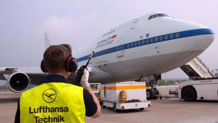 28. Juni 2014: Sofia ist auf dem Hamburger Flughafen für den D-Check eingetroffen. (Foto: Jan Brandes/Lufthansa Technik)