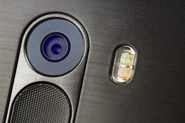 Die rückwärtige Kamera eines LG G3 (Bild: Fabian Hamacher/Golem.de)