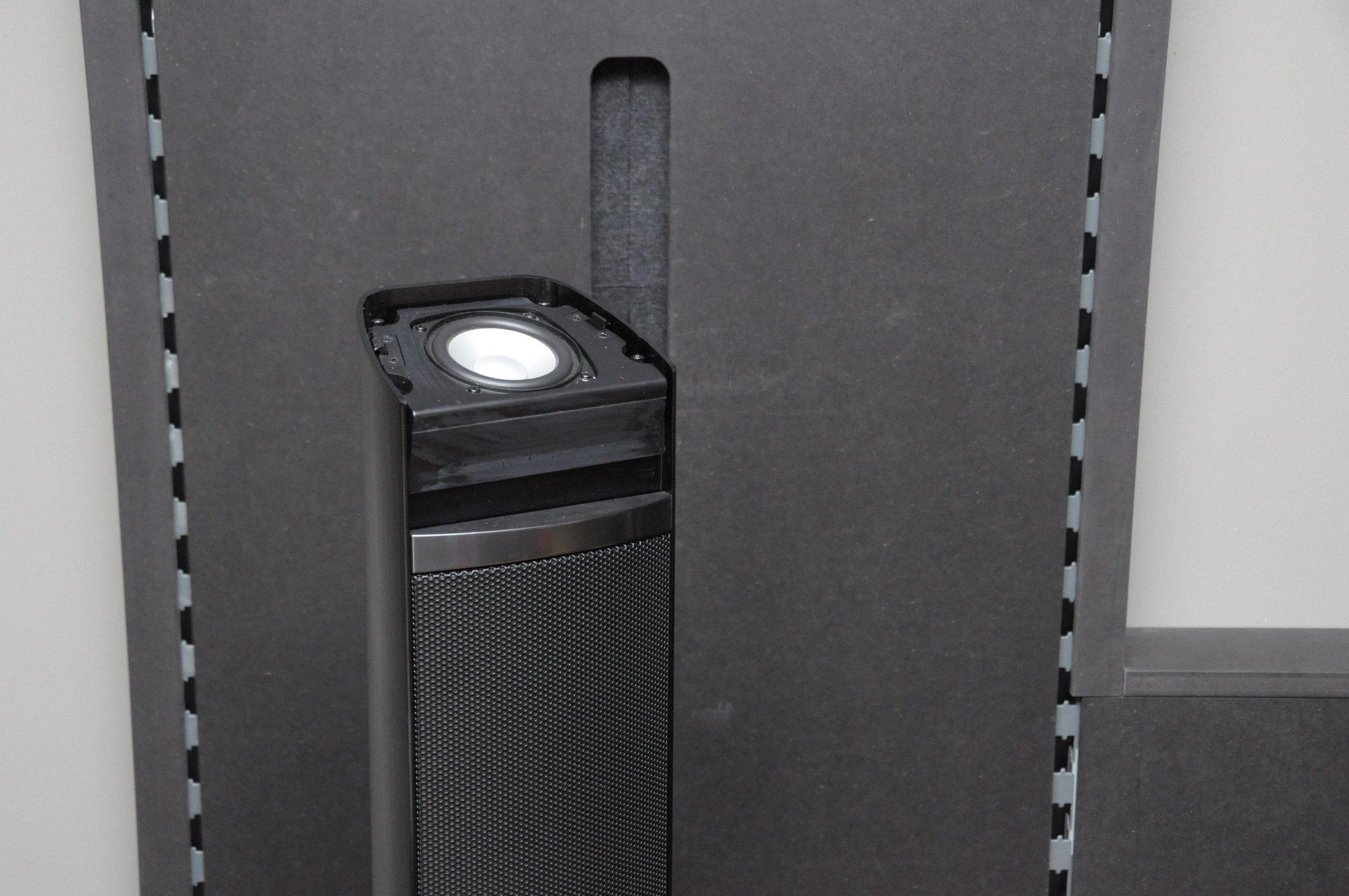 Dolby Atmos Probe gehört: Klang aus der Decke kommt fürs Heimkino - ...ist die LT5-Serie. (Foto: Andreas Sebayang/Golem.de)