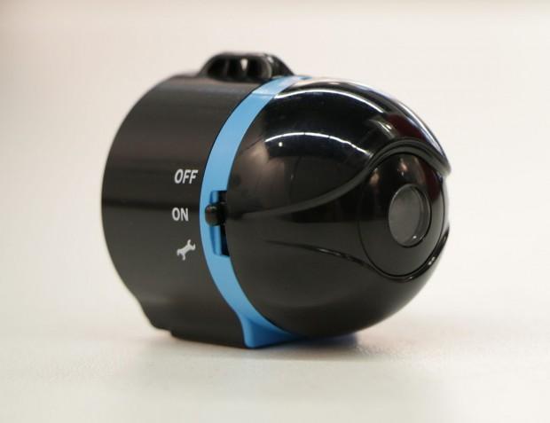 Die Minikamera Ai-Ball sieht einem Überraschungsei ähnlich und ist auch ungefähr so groß. (Foto: Werner Pluta/Golem.de)
