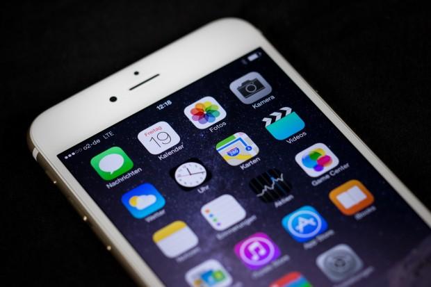 Das Display ist Apple bei beiden neuen iPhones gut gelungen, dank der Größe wirkt das des iPhone 6 Plus aber noch eindrucksvoller. (Bild: Tobias Költzsch/Golem.de)