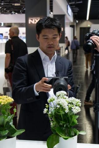 Ren Ng präsentiert die Lytro Illum auf der Photokina 2014. (Foto: Werner Pluta/Golem.de)