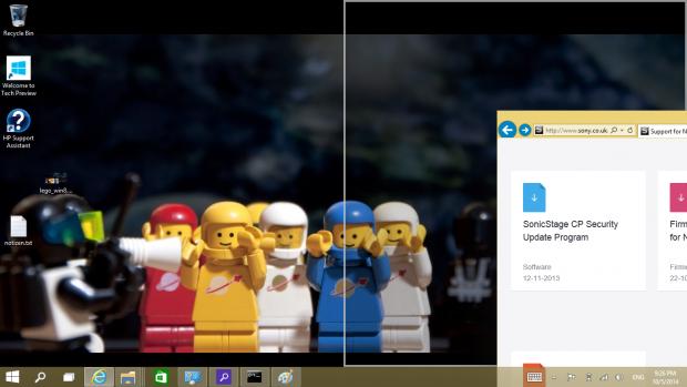 Windows Snap für die Side-by-Side-Ansicht. Der Rahmen ist verglichen mit Windows 8 deutlicher zu erkennen. (Screenshot: Golem.de)