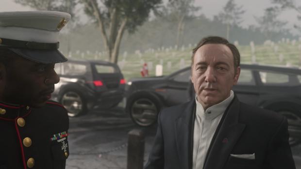 Kevin Spacey spielt Jonathan Irons, den Chef der Söldnerarmee Atlas. (Screenshot: Golem.de)