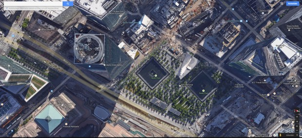 Neues One World Trade Center (links), daneben das Denkmal für die Twin Towers (Screenshot: Golem.de)