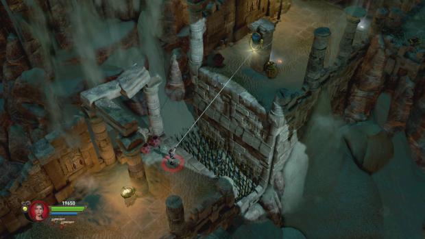 Per Enterhaken kommt Lara weiter - im Koopmodus kann ein zweiter Spieler über das Seil balancieren. (Screenshot: Golem.de)