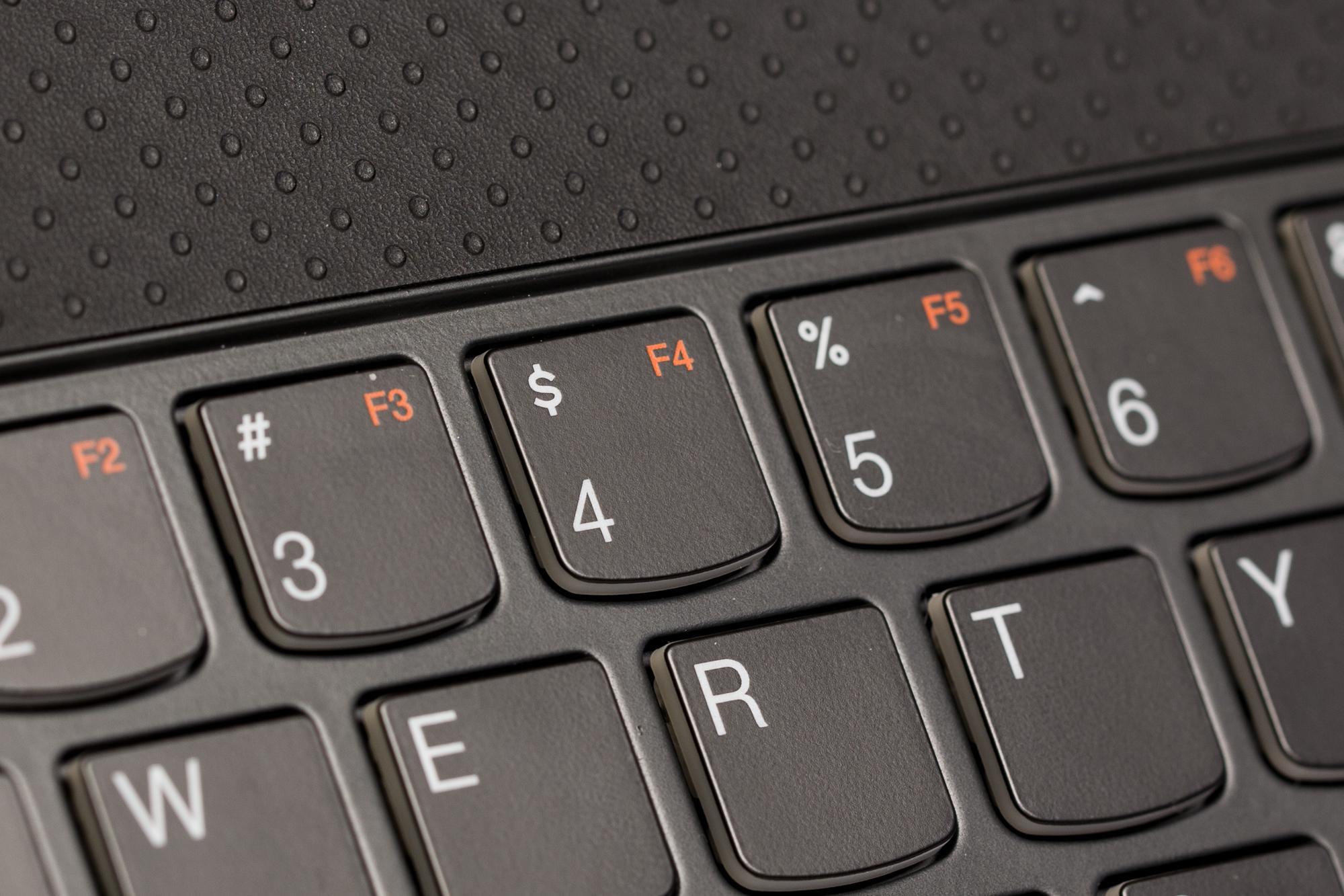 Kaufberatung: Worauf es bei einem Notebook ankommt - Chiclet-Tastatur ohne dedizierte F-Tasten (Bild: Fabian Hamacher/Golem.de)