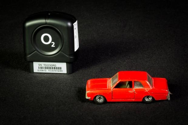 Das Modul für das Auto ist recht klein und kaum größer als zwei Matchbox-Autos. (Foto: Fabian Hamacher/Golem.de)
