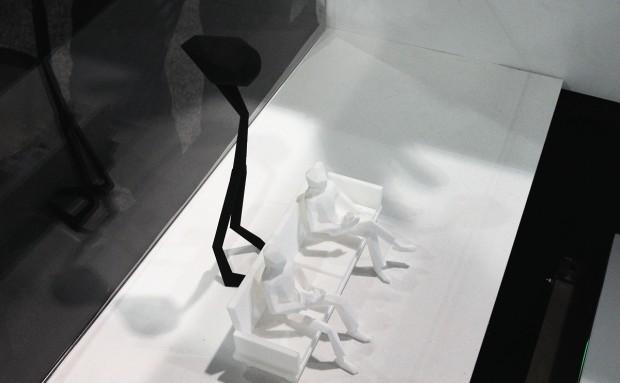 Sitzgruppe mit Immersis-Projektor aus dem 3D-Drucker.(Foto: Nico Ernst)