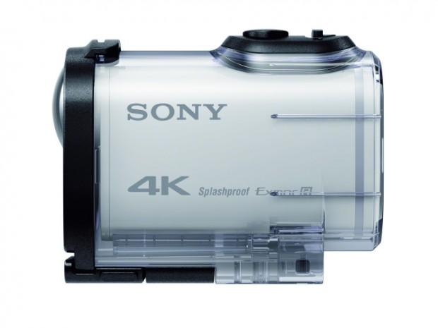 Sony FDR-X1000V mit Unterwassergehäuse (Bild: Sony)