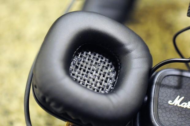 Das sieht eher nach Fender als dem Lautsprechergitter eines Marshalls aus. (Foto: Nico Ernst)