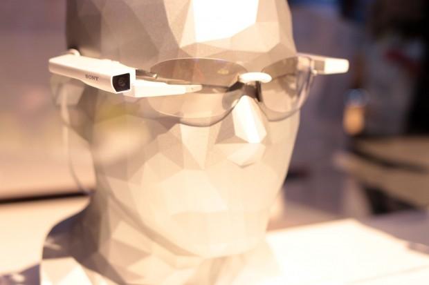 Die Smart Eyeglass Attach von Sony (Bild: Michael Wieczorek)
