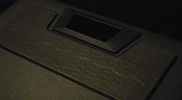 Mit Gaffertape sind die seitlichen Öffnungen verschlossen, die vorher... (Fotos: Nico Ernst)