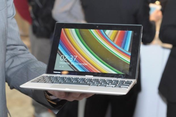 Toshibas Click Mini mit 16:19-Display. (Foto: Andreas Sebayang/Golem.de)