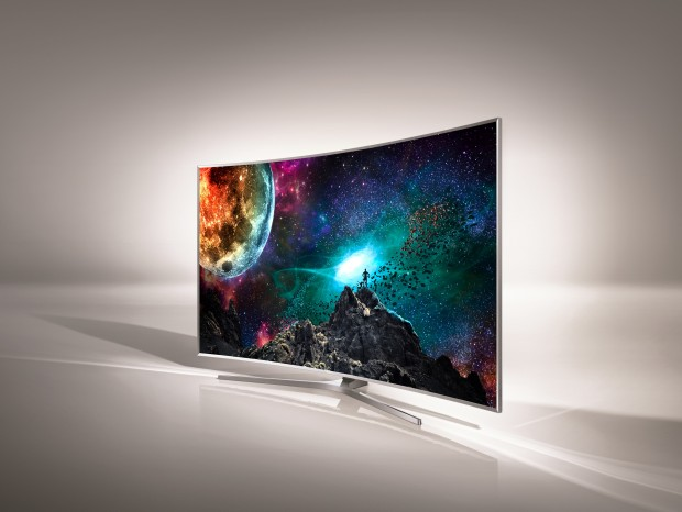 Samsungs JS-Serie (Modell 9500) verschleiert geschickt im Design, wie dick die Geräte sind. (Bild: Samsung)
