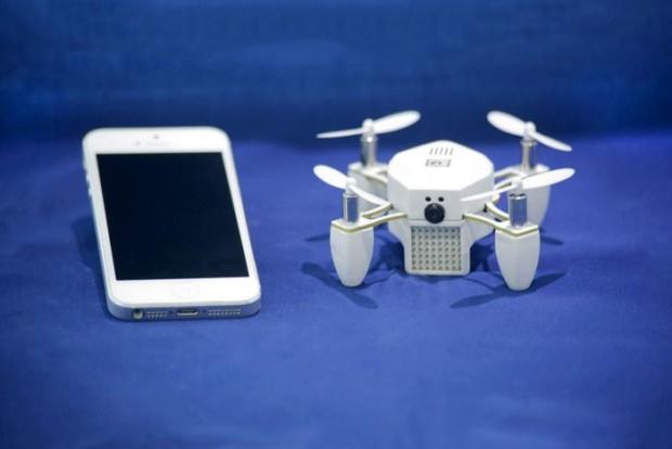 Der Mini-Quadrocopter Zano soll Fotos und Videos im Flug aufnehmen. (Foto: Torquing)