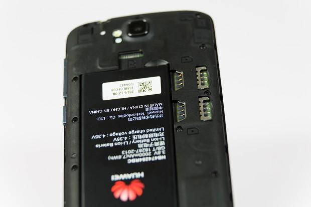 Mit dem Holly können zwei SIM-Karten gleichzeitig genutzt werden. (Bild: Martin Wolf/Golem.de)