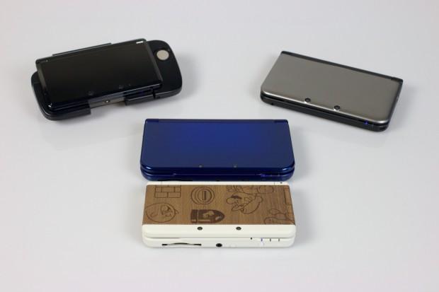 3DS (oben links), 3DS XL (oben rechts), New 3DS XL (mitte) und New 3DS (unten)