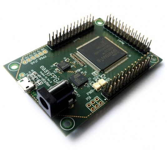 Das Easy-FPGA-Board (Foto: Os-cillation GmbH)