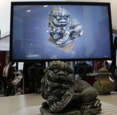 Die Software 3Digify ermöglicht es, mit zwei Kameras und einem Beamer 3D-Scans zu erstellen. (Foto: Werner Pluta/Golem.de)