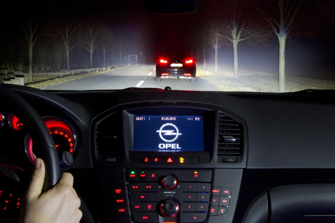 Eye-Tracking: Opel-Fahrer lenken das Licht künftig mit den Augen - LED-Matrix-Licht (Bild: Opel/Creative Commons 3.0)