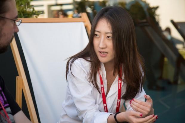 Helen Li von Oneplus im Gespräch mit Golem.de (Bild: Martin Wolf/Golem.de)