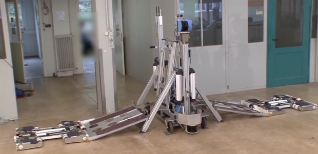 Avert-System: Deployment-Einheit bringt die Roboter ans Ziel und scannt die Umgebung. (Bild: Avert-Projekt/Screenshot: Golem.de)
