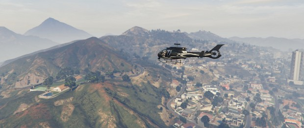 GTA 5 auf einem Ultra-Widescreen-Display (Screenshot: Golem.de)