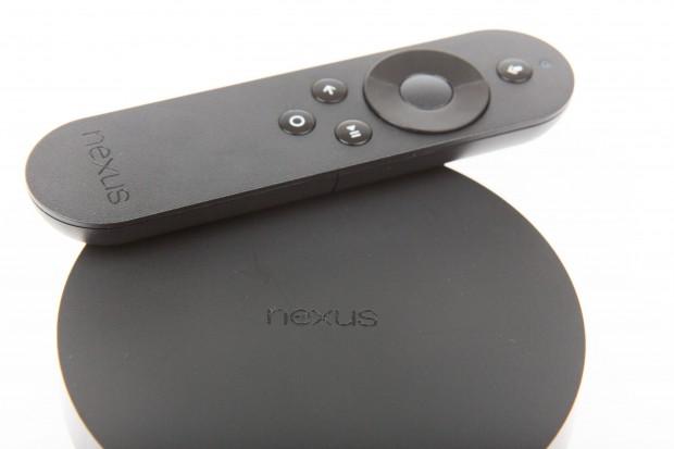 Googles Nexus Player mit Bluetooth-Fernbedienung (Bild: Martin Wolf/Golem.de)