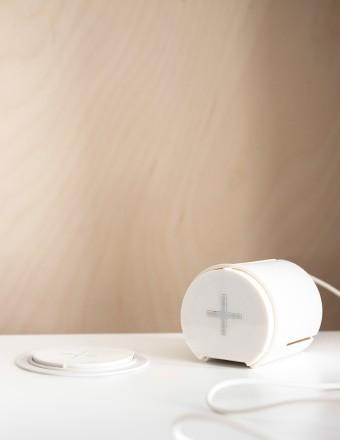 Nachrüstlösung für Qi-Wireless (Bild: Ikea)