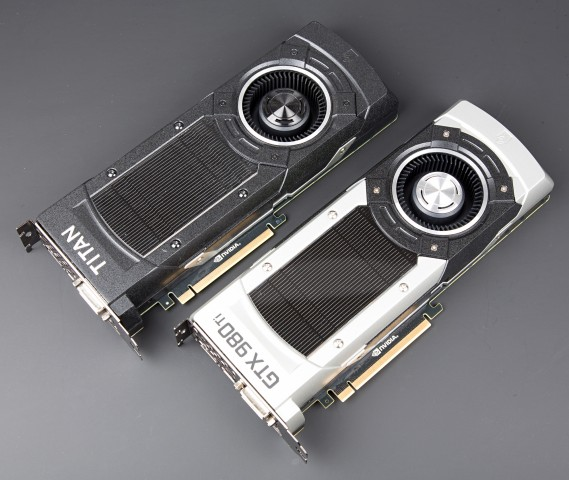 Geforce GTX Titan X und Geforce 980 Ti (Bild: Martin Wolf/Golem.de)