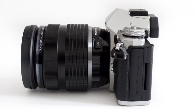 Olympus OM-D E-M5 Mark II (Bild: Andreas Donath)