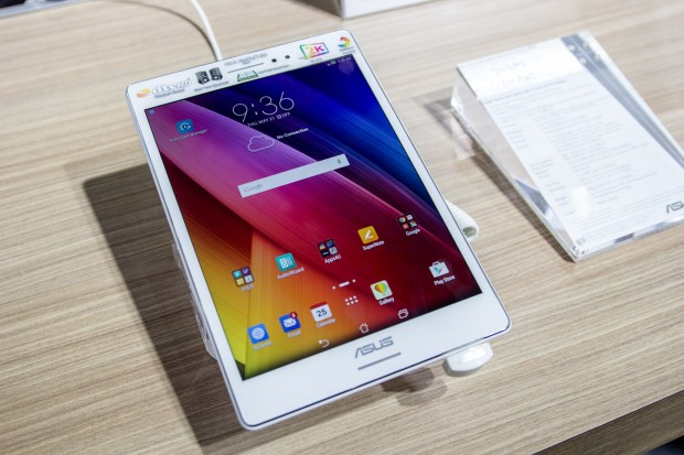 Asus' neues Android-Tablet Zenpad S 8.0 (Bild: Tobias Költzsch/Golem.de)