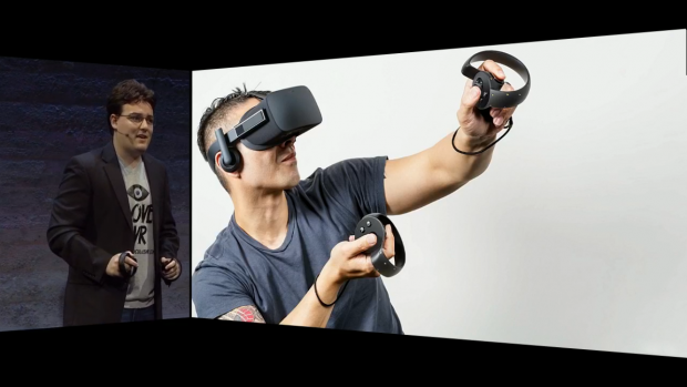 Palmer Luckey zeigt Oculus Touch (Screenshot: Golem.de)