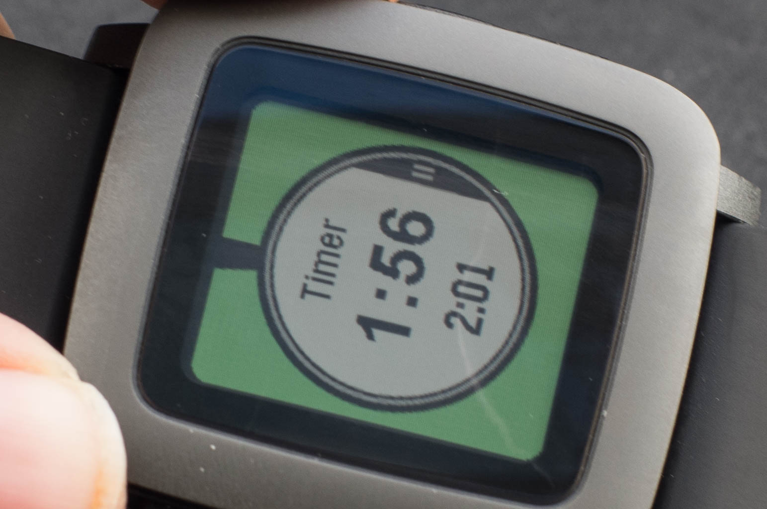 Pebble Time im Test: Nicht besonders smart, aber watch - Pebble Time (Bild: Andreas Donath)