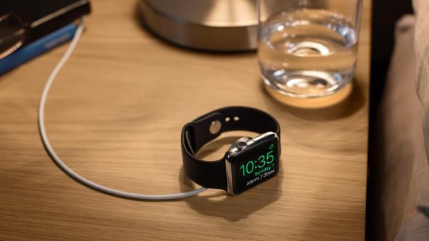 WatchOS 2.0 hat einen Nachttisch-Modus. (Bild: Apple)
