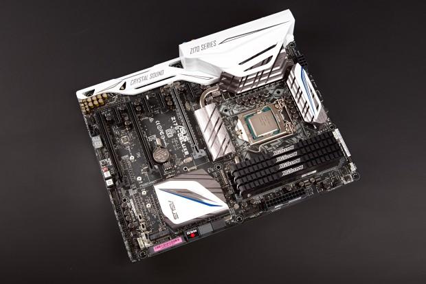 Core i7-6700K in Asus' Z1770-Deluxe mit DDR4-Speicher (Foto: Martin Wolf/Golem.de)