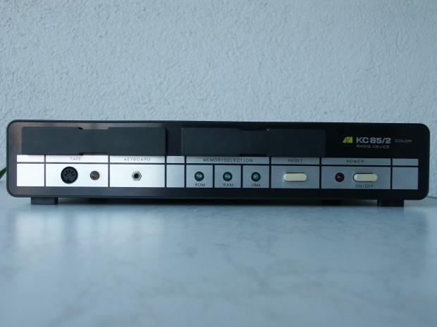 Der DDR-Heimcomputer KC 85/2 wurde 1984 erstmals vorgestellt. (Bild: Enrico Grämer)