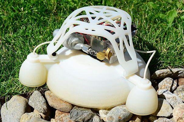 Robotik: 3D-gedruckter Roboter springt im Explosionsschritt -
