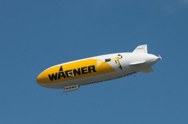 Außerdem dient der Zeppelin als Werbeträger. (Foto: Werner Pluta/Golem.de)