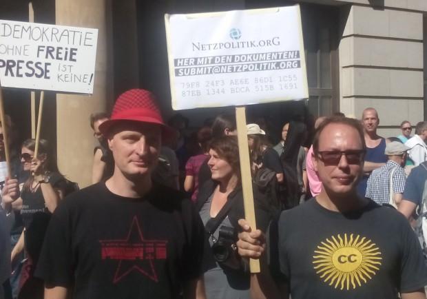 Die neuen Helden für die Pressefreiheit: André Meister (l.) und Markus Beckedahl von Netzpolitik.org (Bilder: Friedhelm Greis)