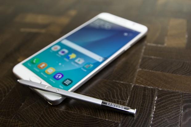 Samsung plant, das Galaxy Note 5 nur in Nordamerika und Asien auf den Markt zu bringen. (Bild: Tobias Költzsch/Golem.de)