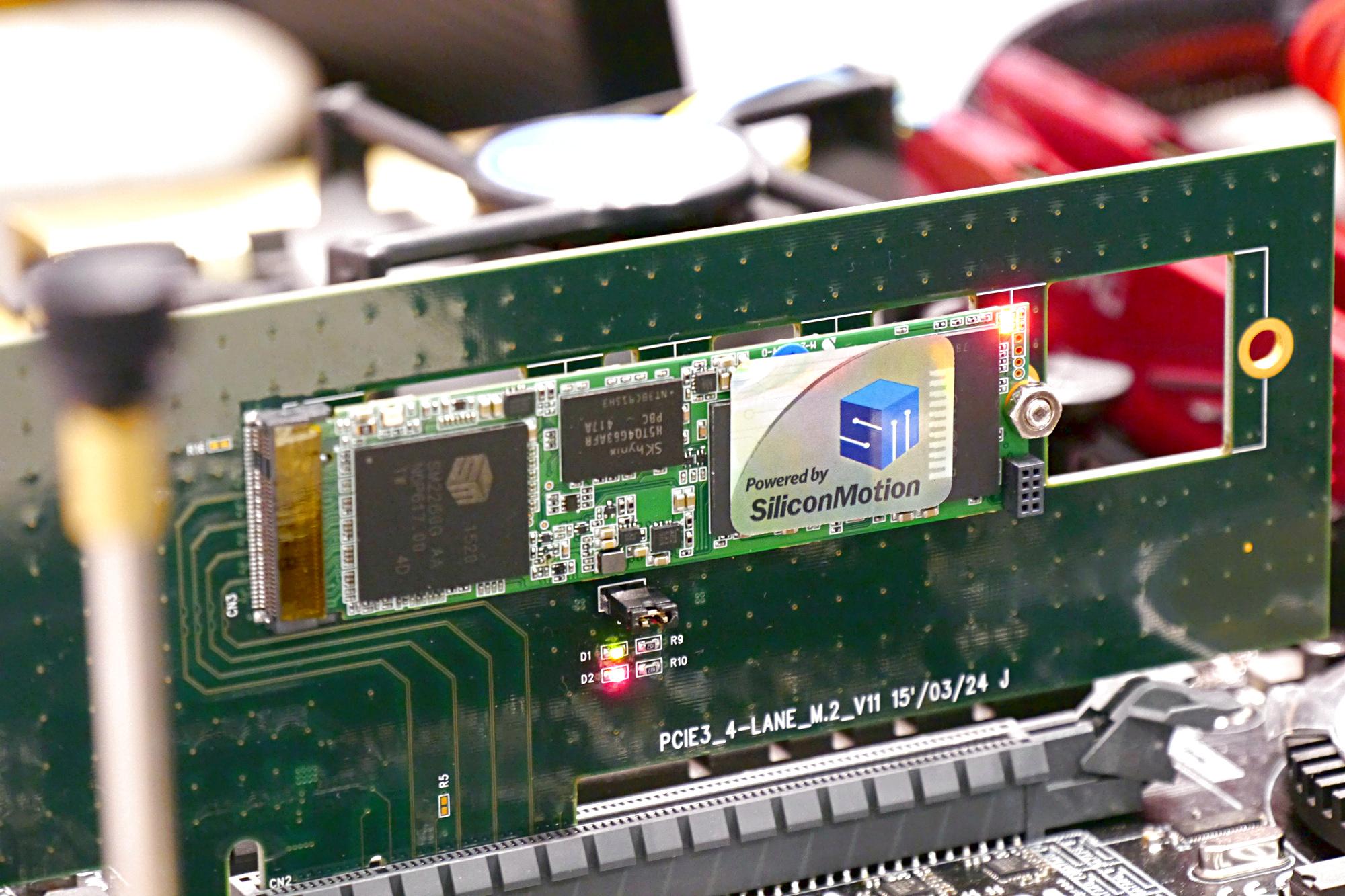 SM2260 und SM2256: Silicon Motion zeigt erste SSD-Controller für TLC und NVMe - Details zu Silicon Motions neuem NVMe-Controller (Foto: Marc Sauter/Golem.de)