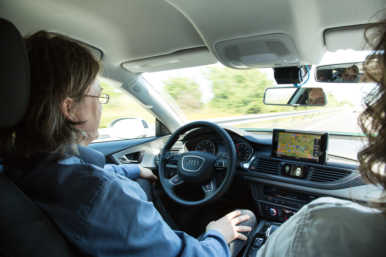 Autonomes Fahren: Auf dem Highway ist das Lenkrad los -