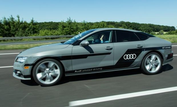 """Golem.de testete den hochautomatisierten A7 """"Jack"""" im Juli auf der Autobahn bei Wolfsburg. (Foto: Martin Wolf/Golem.de)"""